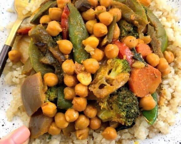 plate of chickpea curry
