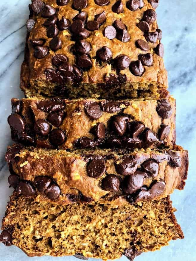 slices of healthy pumpkin oat bread