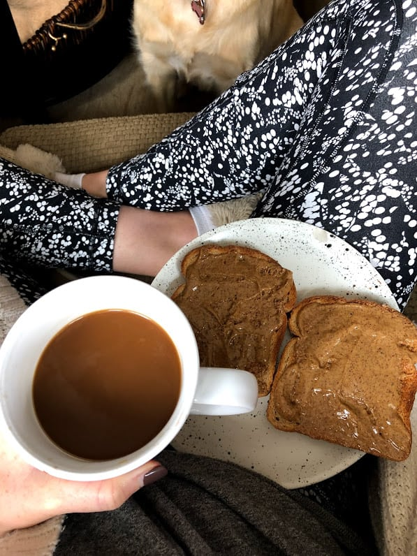 almond butter toasts with coffee
