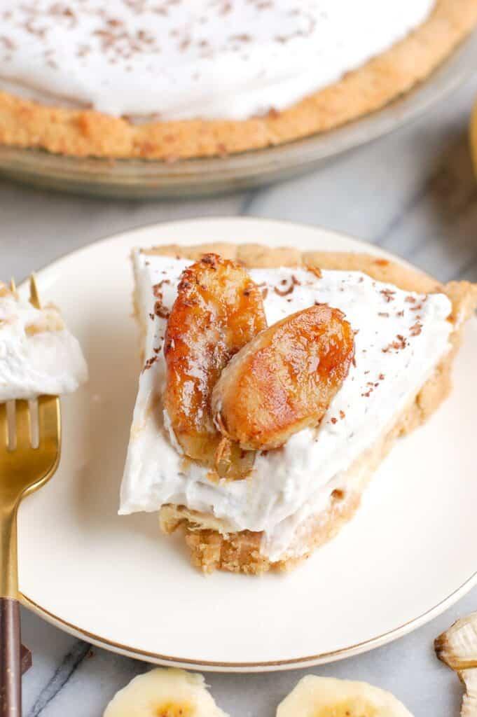 slice of banana cream pie on plate