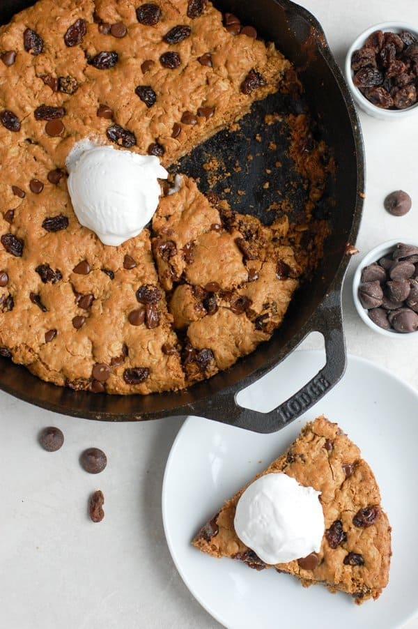 overhead of cookie skillet in dish