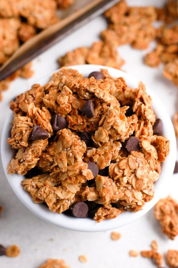 granola with chocolate chips