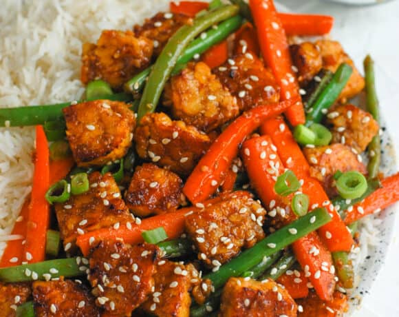 tempeh with carrots and green beans