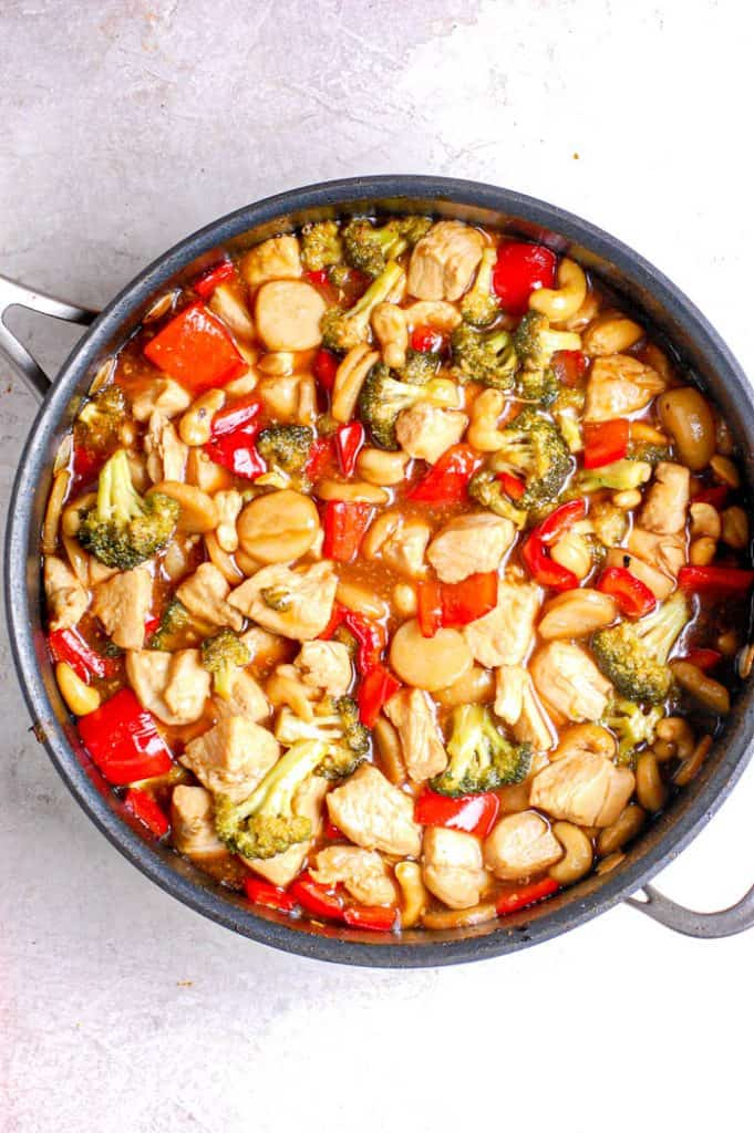 cashew chicken in sauce pan