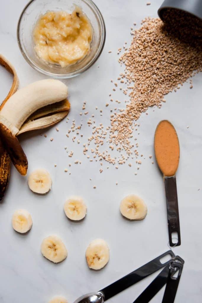 ingredients for creamy oatmeal
