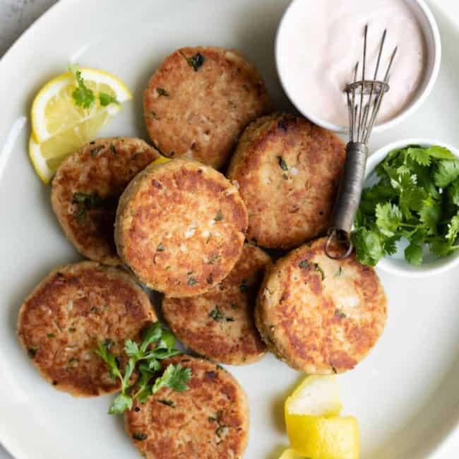tuna patties with lemon