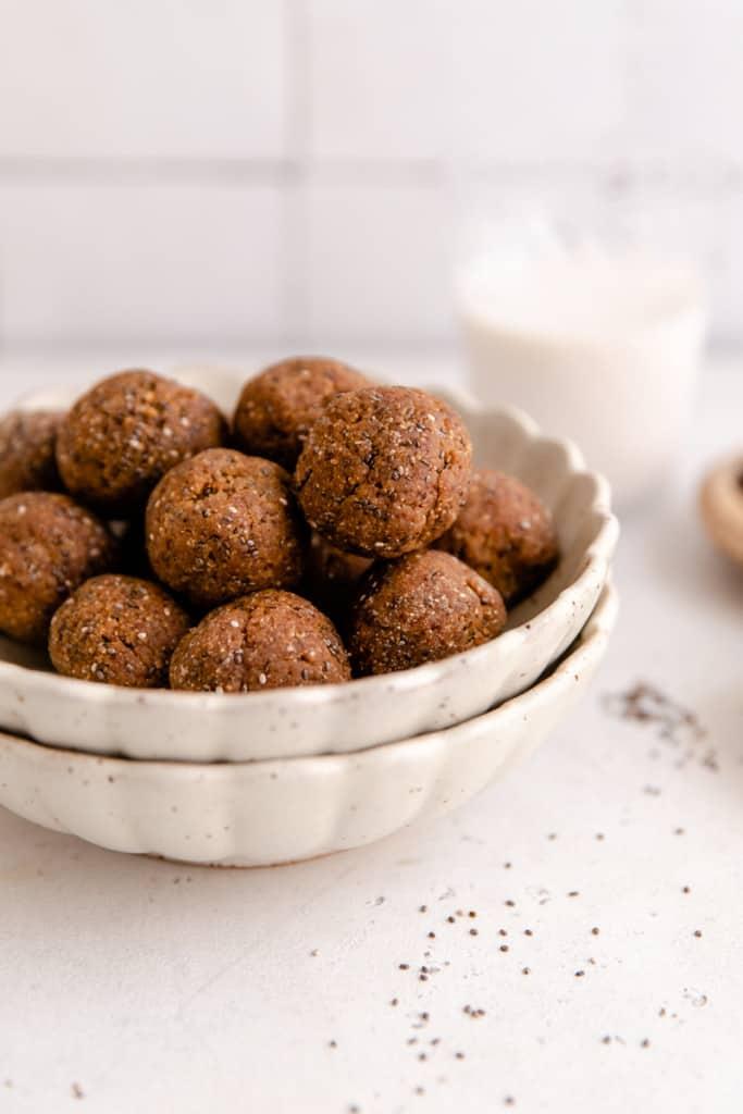 oatmeal raisin energy balls