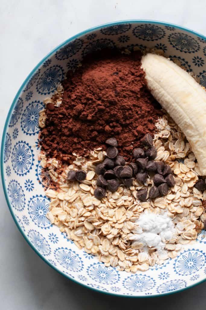 making baked oatmeal