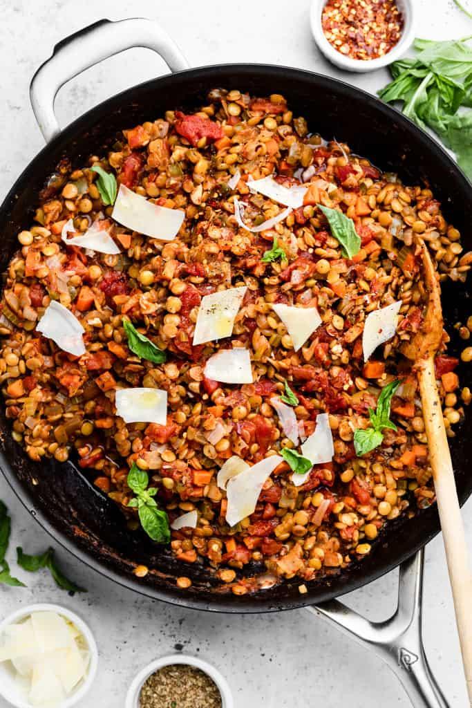 making lentil bolognese