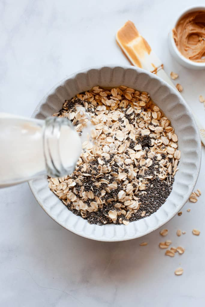 making peanut butter overnight oats