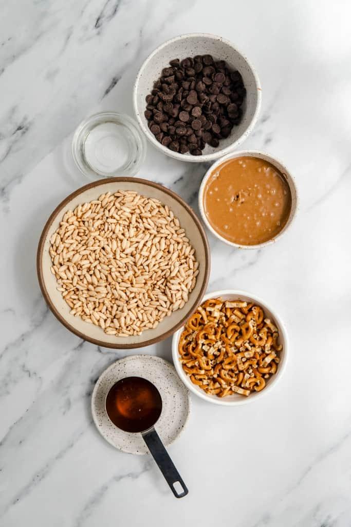 ingredients for peanut butter krispie bars